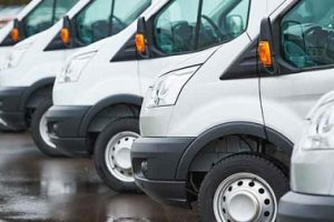 Razones para optar por el alquiler furgonetas