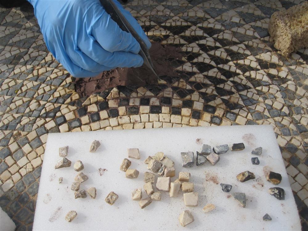 Cómo va la restauración de mosaicos históricos